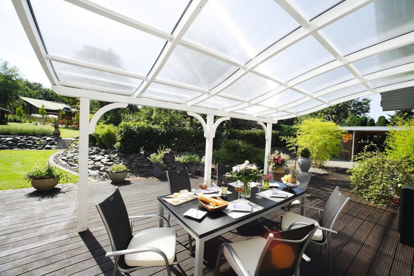 terrassen berdachung skanholz venezia mit mittelpfosten terrassendach vom gartenhaus fachh ndler. Black Bedroom Furniture Sets. Home Design Ideas