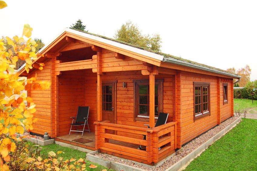 gartenhaus wolff spessart ferienhaus 70 92mm holzhaus bausatz mit veranda kaufen im holz. Black Bedroom Furniture Sets. Home Design Ideas