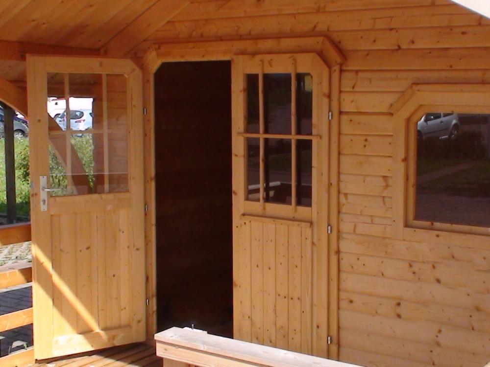 gartenhaus zubeh r dachschindeln t r fenster lasur. Black Bedroom Furniture Sets. Home Design Ideas