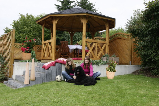 holz pavillon elegant rund 3 3x3 3m 8 eck gartenpavillon. Black Bedroom Furniture Sets. Home Design Ideas