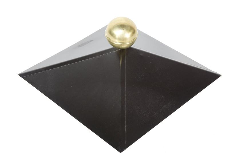 metall dachhaube f r holz pavillon schwarz 4 eckig mit messingkugel wolff vom gartenhaus. Black Bedroom Furniture Sets. Home Design Ideas